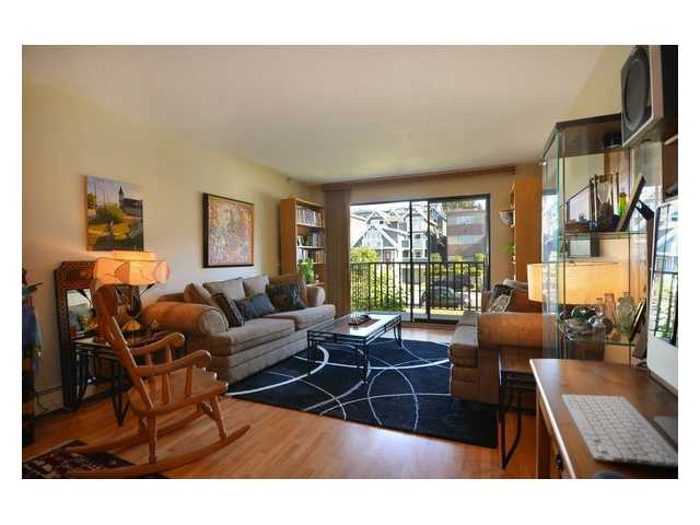 # 202 131 W 4TH ST - Lower Lonsdale Apartment/Condo for sale, 1 Bedroom (V909047) #2