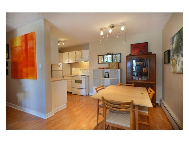 # 202 131 W 4TH ST - Lower Lonsdale Apartment/Condo for sale, 1 Bedroom (V1026190) #4