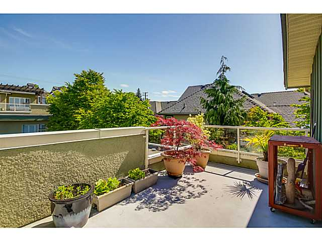 208 E 5TH ST - Lower Lonsdale Townhouse for sale, 3 Bedrooms (V1064727) #15
