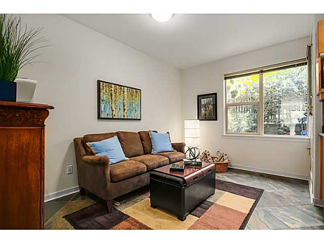 208 E 5TH ST - Lower Lonsdale Townhouse for sale, 3 Bedrooms (V1064727) #8