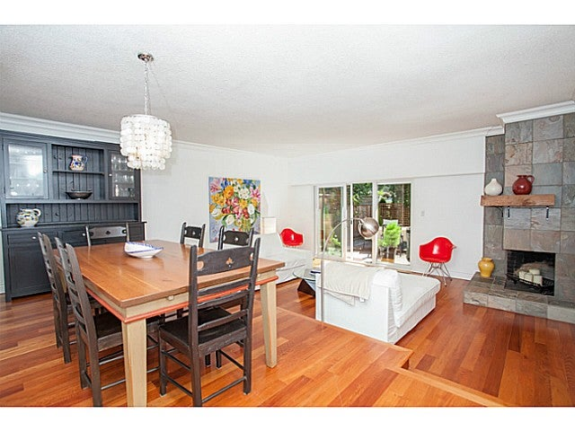 # 140 3300 CAPILANO RD - Edgemont Townhouse for sale, 3 Bedrooms (V1076844) #3