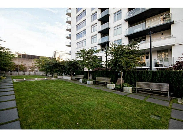 # 304 158 W 13TH ST - Central Lonsdale Apartment/Condo for sale, 2 Bedrooms (V1089175) #18
