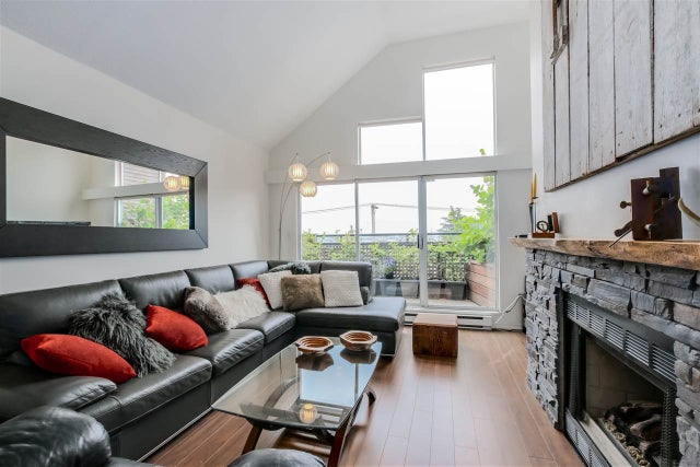 D 225 E 4TH STREET - Lower Lonsdale Townhouse for sale, 2 Bedrooms (R2074262) #2