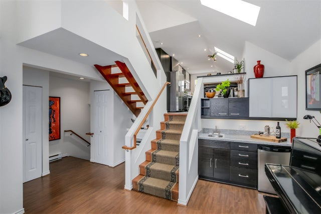 D 225 E 4TH STREET - Lower Lonsdale Townhouse for sale, 2 Bedrooms (R2074262) #5