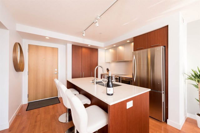 303 221 E 3RD STREET - Lower Lonsdale Apartment/Condo for sale, 2 Bedrooms (R2210573) #5