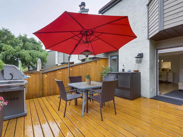 17 220 E 11TH STREET - Central Lonsdale Townhouse for sale, 3 Bedrooms (R2278403) #17